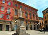 Sassari / T�thari, Sassari province, Sardinia / Sardegna / Sardigna: Pizza Azuni and statue of Domenico Alberto Azuni - photo by M.Torres